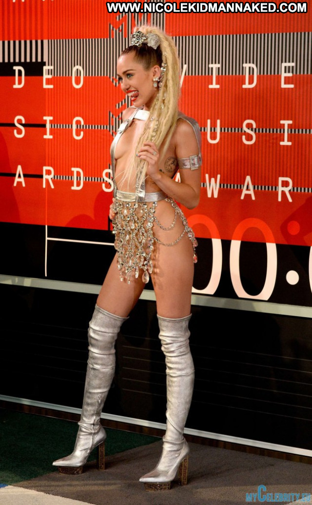 Miley Cyrus Red Carpet Beautiful Posing Hot Magazine Interview Babe