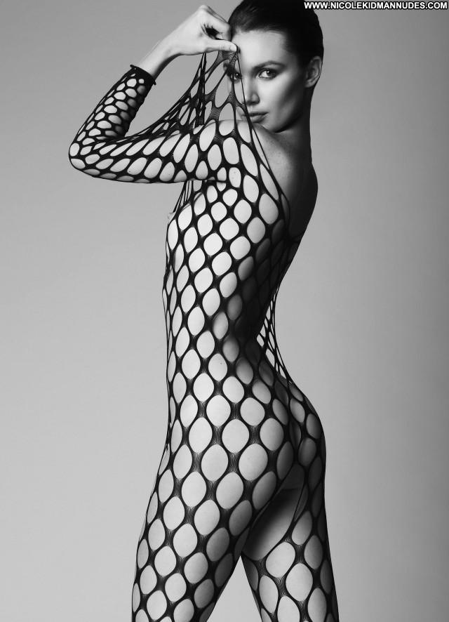 Hailey Outland New York Babe Topless Model Posing Hot Nice Usa