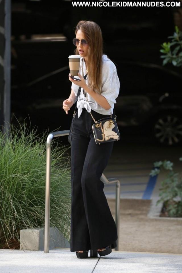 Jessica Alba No Source  Babe Beautiful Posing Hot Celebrity