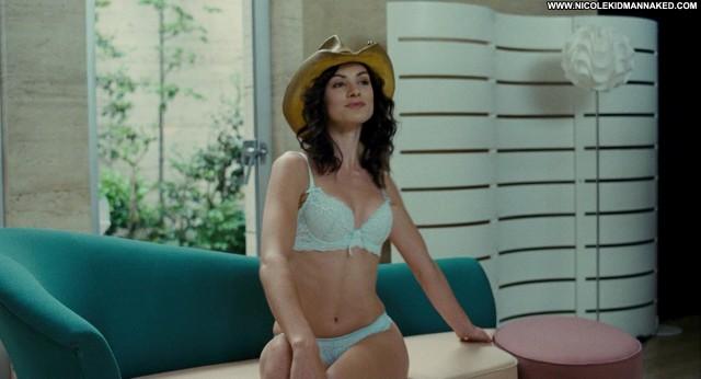 Daisy Betts Shutter Hot Movie Celebrity