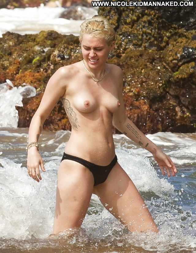 Miley Cyrus Pictures Topless Celebrity