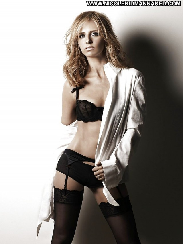 Sarah Michelle Gellar Pictures Celebrity Babe Female Actress Cute