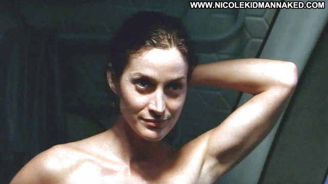Carrie Anne Moss Pictures Hot Beach Flashing Celebrity Sexy Babe
