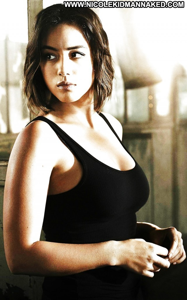 Chloe Bennet Pictures American Brunette Singer Actress Chinese