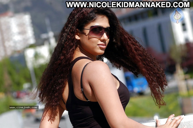 Nayanthara Pictures Sexy Actress Asian Hot Tamil Celebrity Sea