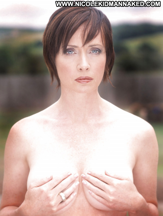 Lysette Anthony Pictures Babe Celebrity Hot Brunette Hd Female